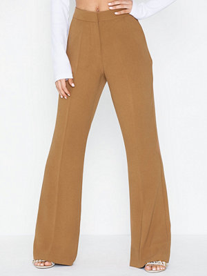 NLY Trend omönstrade byxor Shaped Suit Pants