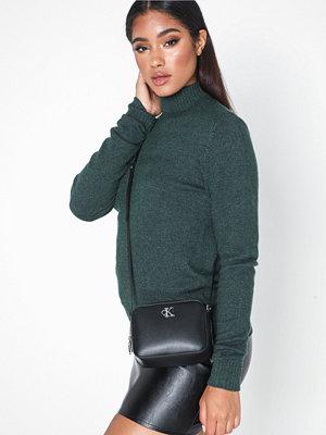 Calvin Klein svart axelväska Ckj Monogram Hw Camera Bag