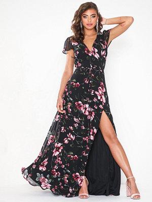 NLY Eve Flowy Flounce Cap Sleeve Gown