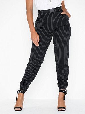 Missguided svarta randiga byxor Stripe Cargo Trousers