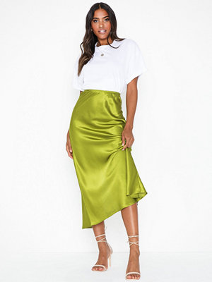 NLY Trend Long Satin Skirt