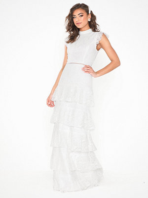 NLY Eve Cupcake High Neck Gown