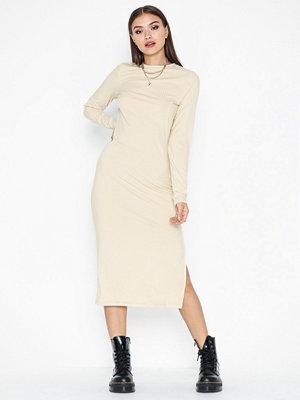 NLY Trend Slit Rib Dress