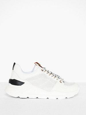 Sneakers & streetskor - River Island Runner React Sole