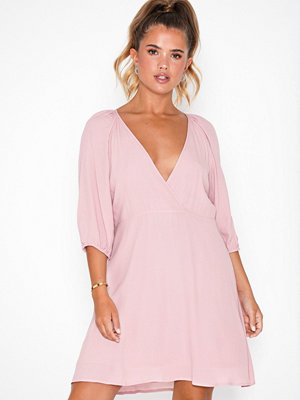 NLY Trend Volume Shift Dress