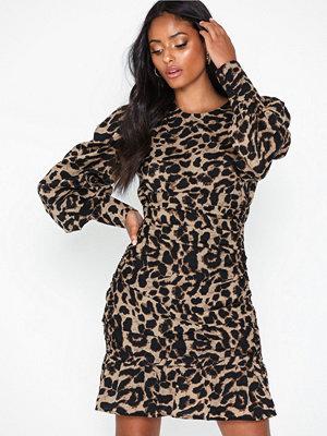 NLY Trend Frilly Leo Dress