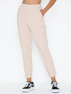 NLY Trend omönstrade byxor Gorgeous Crepe Pants