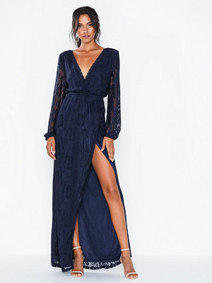NLY Eve Forever Lace Puff Sleeve Gown