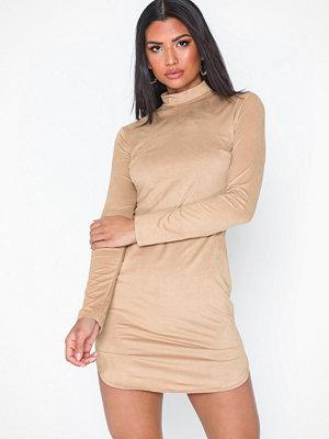 Festklänningar - NLY One Suede Dress