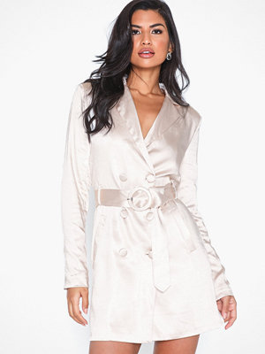 Glamorous Belted Blazer Dress