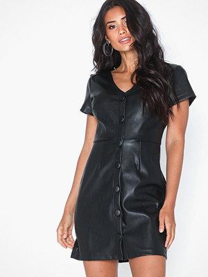 Glamorous Buttoned Short Sleeve Dress