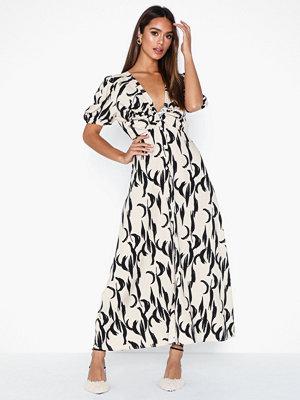 Glamorous V Neck Dress