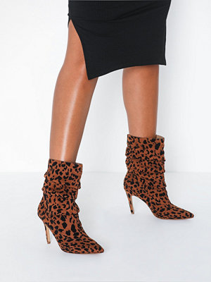 Missguided Slouchy Pointed Toe Ankle Boot