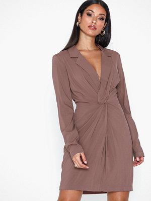 NLY Trend Blazer Twist Dress