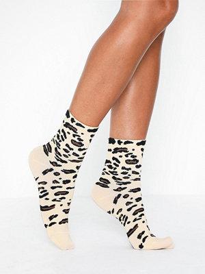 NLY Lingerie Leo Print Socks