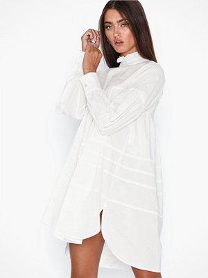 Only Onlmaja L/S Highneck Dress Wvn