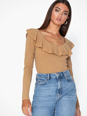 NLY Trend Powerful Frill Top