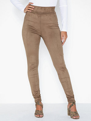 NLY One omönstrade byxor High Waist Suede Pant