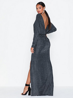 NLY Eve Twisted Back LS Gown