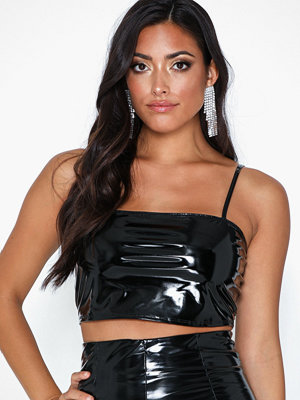NLY One Vinyl Crop top