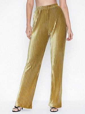 Glamorous randiga byxor Plisse Trousers