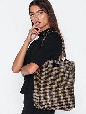 Handväskor - Dagmar Tote bag
