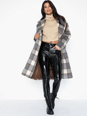 Glamorous Checkered Coat