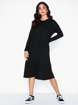 Sisters Point Vini Dress