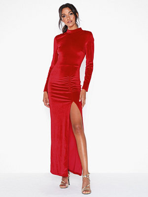 NLY Eve Drapy Velvet Gown