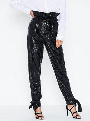 NLY Trend svarta byxor Sparkling Tie Pants