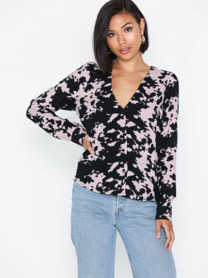 NLY Trend Deep Puff Shirt