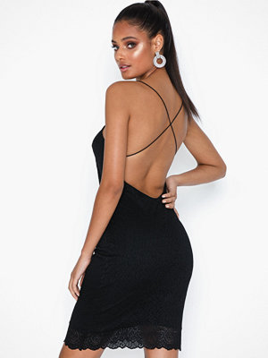 NLY Trend Cross Back Lace Dress