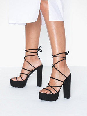 NLY Shoes Lace Up Plateau Heel