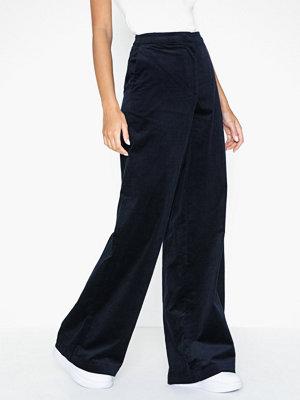 Selected Femme svarta byxor Slfadele Hw Wide Pant W