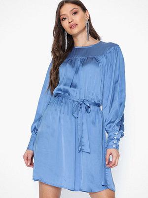Only Onlcassy L/S Midi Dress Wvn
