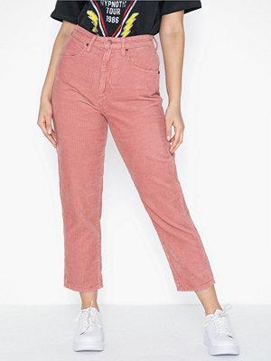 Wrangler Mom Jeans Brand Apricot
