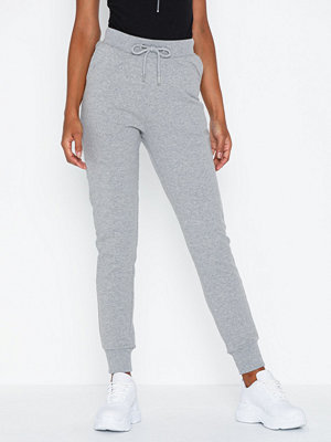 NLY Trend ljusgrå byxor Perfect Joggers