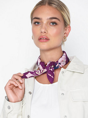 Pieces Pcjessica Square Scarf W. Tag D2D