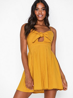 Only Onllina Strap Knot Dress Wvn