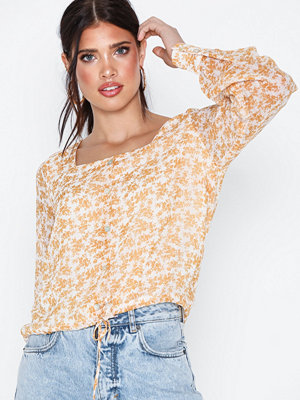 Y.a.s Yaschloa Ls Square Neck Top Ft