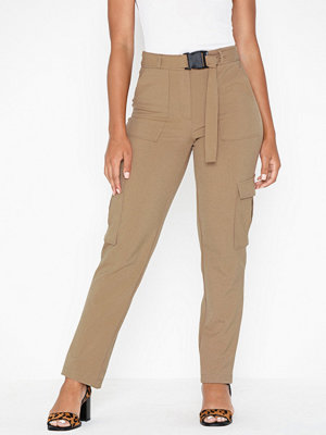 Only beige byxor Onllotus Long Cargo Pant Wvn