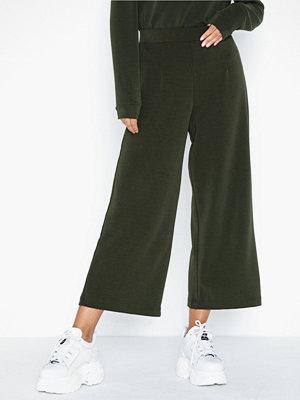 Selected Femme byxor Slftuija Tea Mw Cropped Wide Pants