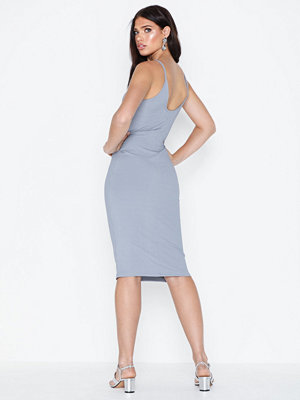 NLY Trend Amazing Neckline Dress