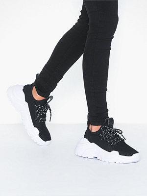 Svea Fly Sneaker
