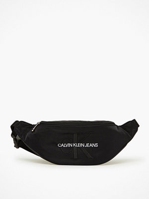 Calvin Klein Jeans svart axelväska Ckj Monogram Nylon Street Pack