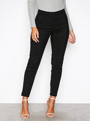 Vero Moda svarta byxor Vmvictoria Nw Antifit Ankle Pants N