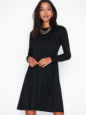 Y.a.s Yasblax Ls Flared Dress Ft