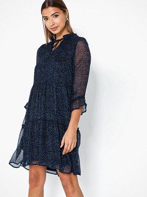 Only Onynikoline 7/8 Knee Dress Wvn
