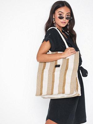 Handväskor - Dagmar Beach bag