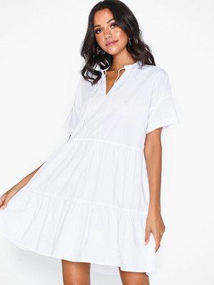 Pieces Pcmarry Ss Dress D2D Vit